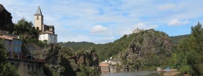 Village d'Ambialet sur les méandres du Tarn